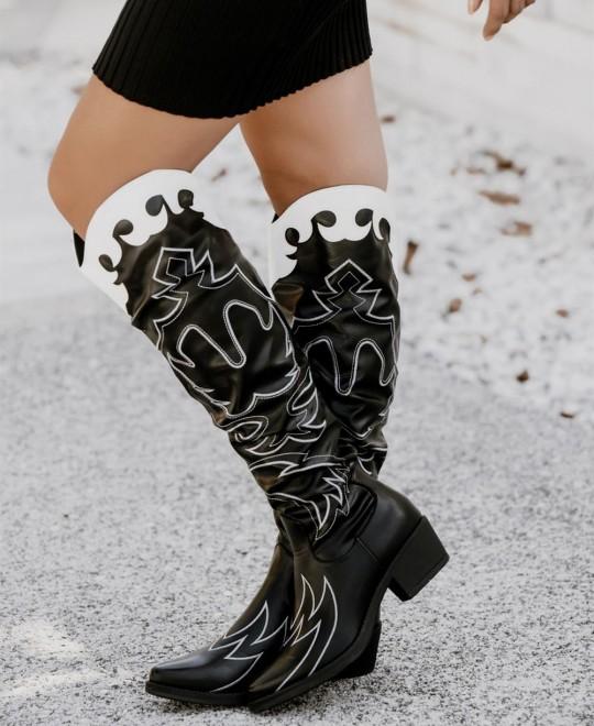 Cowboy boots – το western style του φετινού χειμώνα