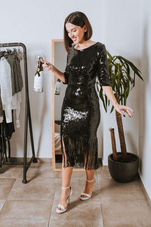 Φόρεμα με παγιέτες και κρόσσια