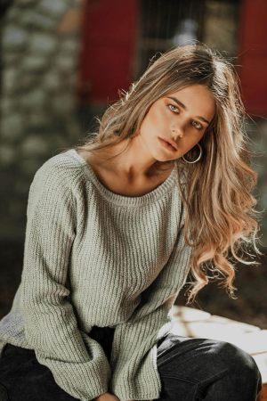 Γκρι γυναικεία μονόχρωμη πλεκτή μπλούζα
